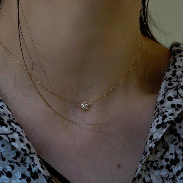 """18k (pt) 钻石项链""""第一颗星""""预留 40 厘米(提供 5 厘米调节器选项)"""