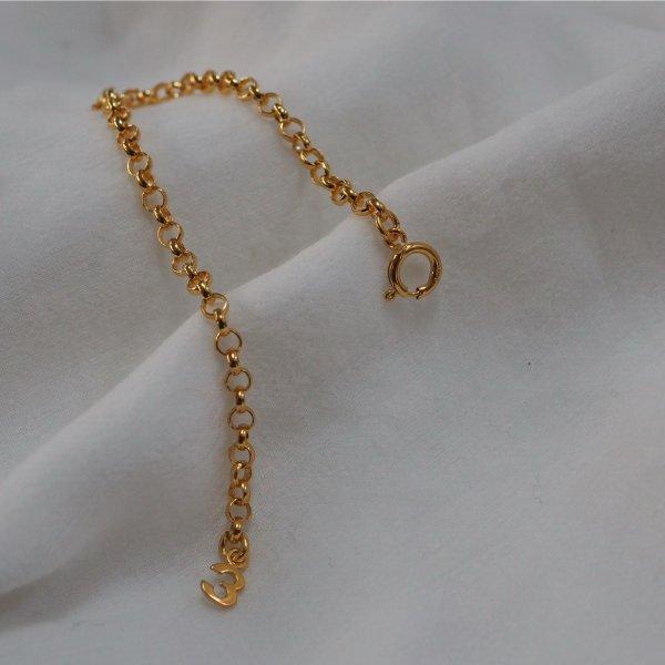 金色 M01chain 手链(选择一种长度和魅力)