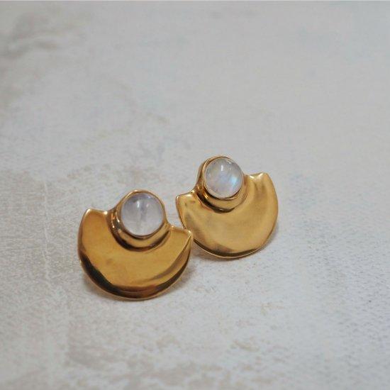 จอง Gold Type Que Rainbow Moonstone (เจาะต่างหูหรือต่างหู)