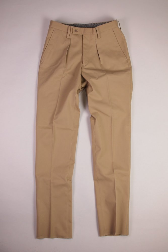1 TUCK TROUSERS