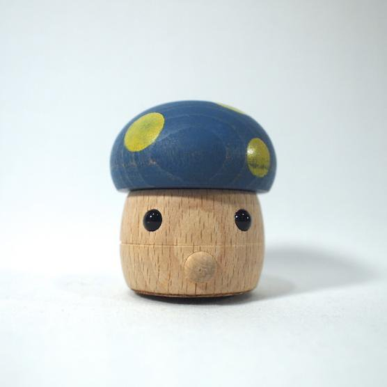 どんぐりきのこ ブルー おもちゃのこまーむ メインイメージ