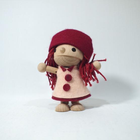 着せ替え木の人形 かえで(女の子タイプ) おもちゃのこまーむ メインイメージ