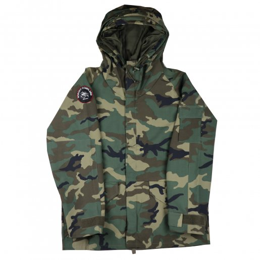 <img class='new_mark_img1' src='//img.shop-pro.jp/img/new/icons50.gif' style='border:none;display:inline;margin:0px;padding:0px;width:auto;' />AGIT Nylon Mountain Hoody(Camo)