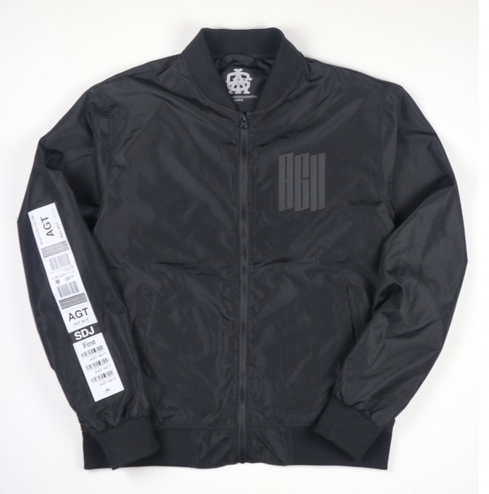 <img class='new_mark_img1' src='//img.shop-pro.jp/img/new/icons34.gif' style='border:none;display:inline;margin:0px;padding:0px;width:auto;' />AGIT Luggage Tag Bomber Jacket(Black)