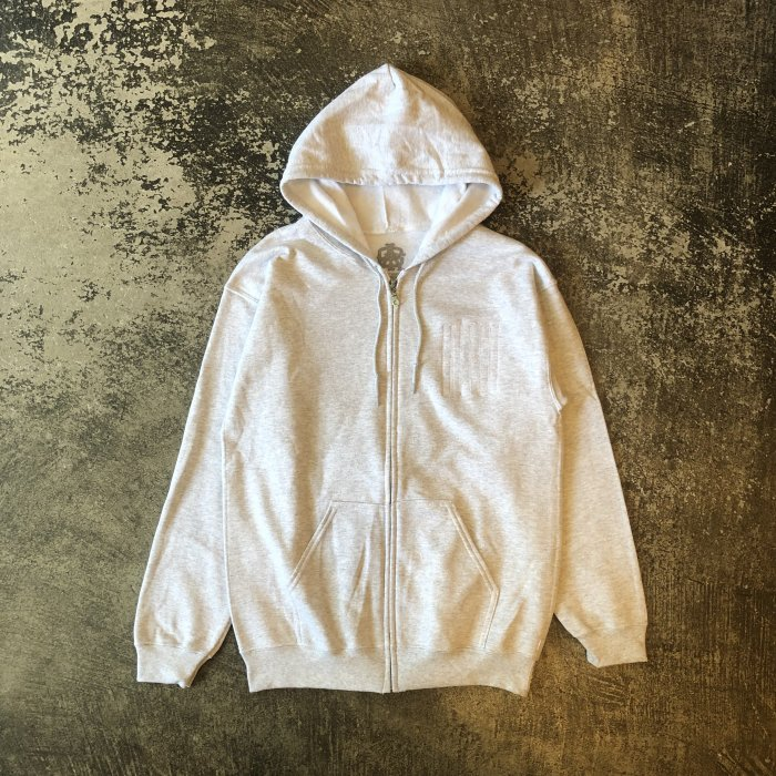 <img class='new_mark_img1' src='//img.shop-pro.jp/img/new/icons1.gif' style='border:none;display:inline;margin:0px;padding:0px;width:auto;' />AGIT EMB LOGO ZIP HOODY(Ash gray)