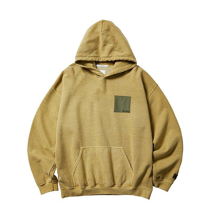 <img class='new_mark_img1' src='https://img.shop-pro.jp/img/new/icons1.gif' style='border:none;display:inline;margin:0px;padding:0px;width:auto;' />Liberaiders PATCHWORK PULLOVER HOODIE (Sand)