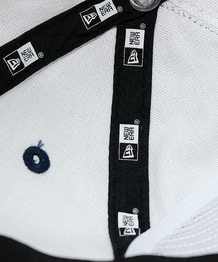 NE 「GOLF」刺繍ウォッシュデニム平つばキャップのコーディネート写真