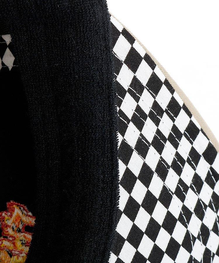 ML 【BLACKBOX】Fire刺繍つば裏チェックフラットキャップのコーディネート写真