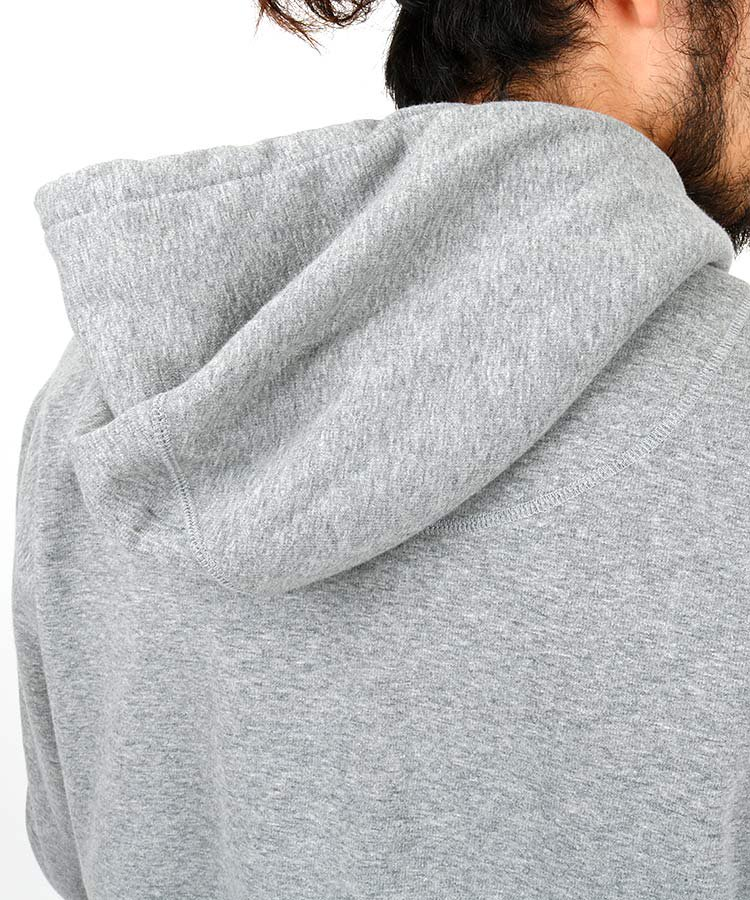 HO 裏起毛◆ワッペン&スマイル暖パーカーのコーディネート写真