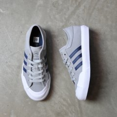 <img class='new_mark_img1' src='//img.shop-pro.jp/img/new/icons41.gif' style='border:none;display:inline;margin:0px;padding:0px;width:auto;' />【SALE】adidas MATCHCOURT【GREY×NAVY×WHITE】skateboarding