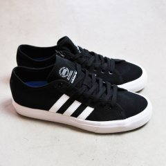 <img class='new_mark_img1' src='//img.shop-pro.jp/img/new/icons41.gif' style='border:none;display:inline;margin:0px;padding:0px;width:auto;' />adidas MATCHCOURT RX  【BLACK×WHITE】skateboarding